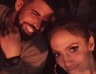 """Jennifer Lopez được """"bồ"""" trẻ tặng vòng kim cương sau vài tuần hò hẹn"""