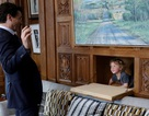 Thủ tướng Canada đưa con trai 3 tuổi tới phòng làm việc