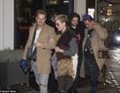 Katy Perry hò hẹn với trai lạ vào đêm Giáng sinh