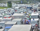 Có cầu vượt 240 tỷ, cửa ngõ Tân Sơn Nhất vẫn kẹt xe trầm trọng