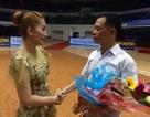 Khánh Thi nghẹn ngào trước vận động viên bị ung thư giai đoạn cuối vẫn mê khiêu vũ