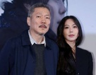 Cặp đôi ngoại tình chấn động xứ Hàn công khai thừa nhận đang yêu