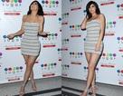 Kylie Jenner đẹp như tượng với váy ôm sát siêu ngắn