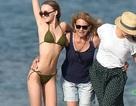 Con gái Johnny Depp diện bikini quyến rũ