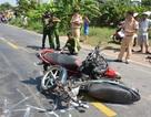Hai xe máy tông nhau, 5 người thương vong