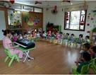 Thiếu tương tác, nhà trường áp lực - bố mẹ lo lắng khi trẻ học mầm non