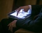 """Anh """"noi gương"""" Mỹ, cấm thiết bị điện tử trong các chuyến bay từ Trung Đông"""