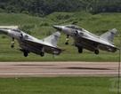 Máy bay chiến đấu Đài Loan lao xuống biển khi diễn tập