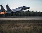 Mỹ liên tiếp điều chiến đấu cơ chặn máy bay áp sát nơi nghỉ dưỡng của ông Trump