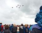 Trực thăng, máy bay chiến đấu Nga nhào lộn ấn tượng