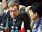 Thủ tướng Nga Medvedev tái đắc cử lãnh đạo đảng cầm quyền