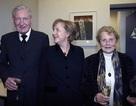 """Cha đẻ của nữ Thủ tướng Đức Angela Merkel luôn muốn con gái mình """"nền nếp, hoàn hảo"""""""