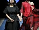 """NTK Nhi Hoàng """"khoe"""" nét cá tính, phóng khoáng trong thiết kế Xuân Hè 2018"""
