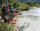 Tìm thấy thi thể hai học sinh rơi xuống sông khi đi câu cá