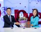 Minh Hương tặng quà Valentine cho cả chồng và bạn trai