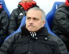 """MU quyết """"trói chân"""" HLV Mourinho"""