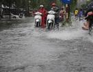 Đường phố Cần Thơ ngập nặng sau trận mưa lớn