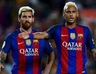 """Không chịu """"sống dưới cái bóng"""" Messi, Neymar rời Barcelona?"""