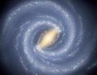 Phát hiện siêu hố đen lớn gấp 100.000 lần Mặt Trời tại trung tâm Dải Ngân hà