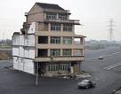 """Bi hài những ngôi nhà """"cứng đầu"""" nhất thế giới"""