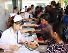 Trao học bổng, khám bệnh, phát thuốc miễn phí đến 500 người dân có hoàn cảnh khó khăn