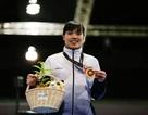Nhà vô địch đấu kiếm SEA Games 29 khóc vì lời hứa với con