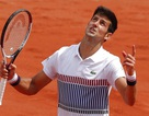 Roland Garros: Nadal thắng nhanh, Djokovic khởi đầu chậm