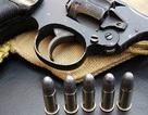Để súng cướp cò gây thương tích người khác: Công an viên bị đình chỉ