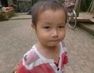 Hơn 65 triệu đồng đến cậu bé 2 tuổi không có bố, mẹ tâm thần