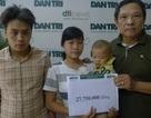Gần 28 triệu đồng tiếp tục đến với hai chị em cô bé Linh bị ung thư thận