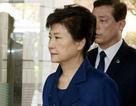 """""""Phiên tòa thế kỷ"""" xét xử cựu Tổng thống Hàn Quốc diễn ra hôm nay"""