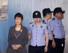 """Cựu Tổng thống Hàn Quốc """"tố"""" bị ngược đãi trong tù"""