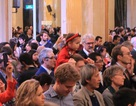 Xúc động, tự hào đón Tết Đinh Dậu tại Tòa thị chính Paris