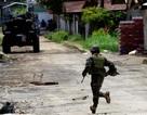"""Phiến quân chiếm đóng thành phố của Philippines """"bỏ của chạy lấy người"""""""