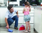 Những việc làm vô tình của cha mẹ khiến con trẻ lớn lên thiếu tự tin