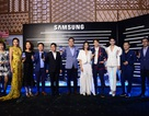 """Galaxy Note8 ra mắt, """"cưa đổ"""" sao Việt từ những giây đầu tiên"""