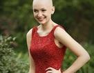 Cô gái sành điệu khoe vẻ đẹp tự tin bất chấp chứng hói đầu từ khi 6 tuổi