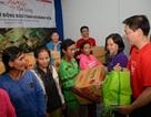 600 phần quà cứu trợ từ Lotte Mart đã đến với bà con cùng bão lũ Khánh Hòa, Phú Yên