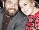 Xúc động khi Adele báo tin lấy chồng ngay lúc nhận giải Grammy