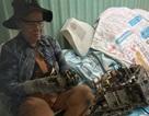 Người đàn bà buôn ti vi cũ: Tuổi xế chiều vất vả dưới cơn mưa