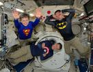 Những bức ảnh ngộ nghĩnh về cuộc sống của các phi hành gia trong không gian
