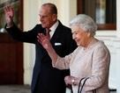 Hoàng gia Anh bất ngờ triệu tập họp khẩn