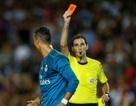 C.Ronaldo có thể bị treo giò 12 trận vì đẩy trọng tài