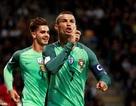 C.Ronaldo tỏa sáng rực rỡ, Bồ Đào Nha thắng đậm Latvia