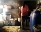 Mục sở thị cơ sở sản xuất rượu siêu bẩn