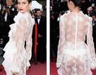 Choáng với váy ren lưới xuyên thấu của siêu mẫu áo tắm
