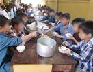 Bắt hiệu trưởng và phó hiệu trưởng bán 6 tấn gạo của học sinh dân tộc bán trú