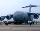 """""""Siêu máy bay"""" phục vụ Tổng thống Donald Trump tới Nội Bài"""