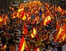 """Tây Ban Nha đáp trả cứng rắn về lá thư """"vòng vo"""" của Catalonia"""