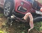 Xe BMW kéo lê xe máy hàng chục mét, một người tử vong